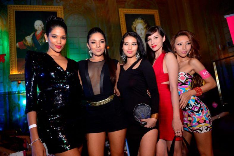 Loads of hot female celebs!