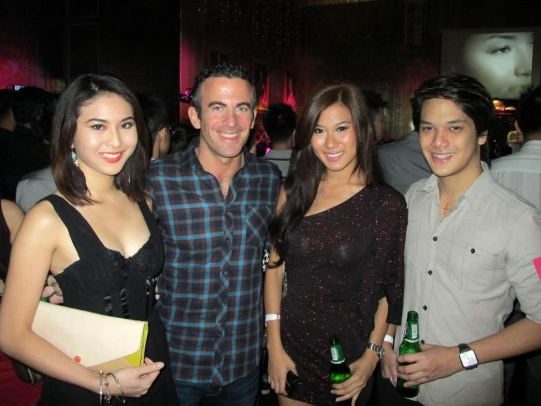 FHM Girl Next Door 2010 Yvonne Sim, Paul, Miss World Malaysia 2012 and MHB blogger Lee Yvonne and her boyfriend Daniel