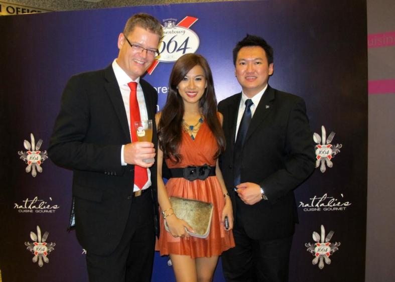 Carlsberg MD Soren Ravn, Miss World Malaysia 2012 and MHB blogger Lee Yvonne with me