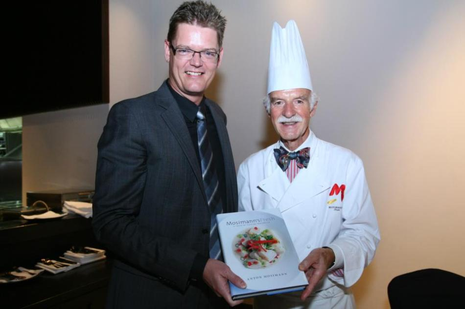 MD of Carlbserg Mlaaysia Soren Ravn was presented with Chef Anton's Cuisinne Naturalle recipe book