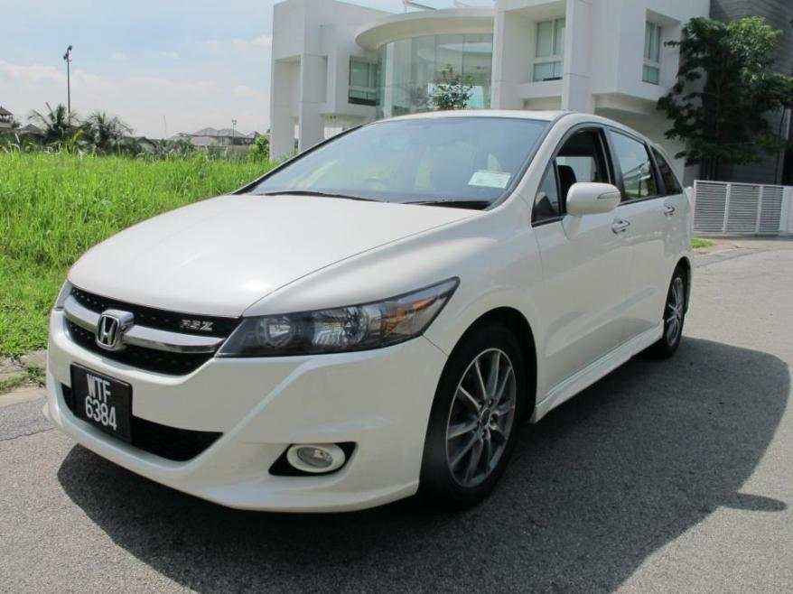 The Honda Stream RSZ - first impression? Is this an MPV?