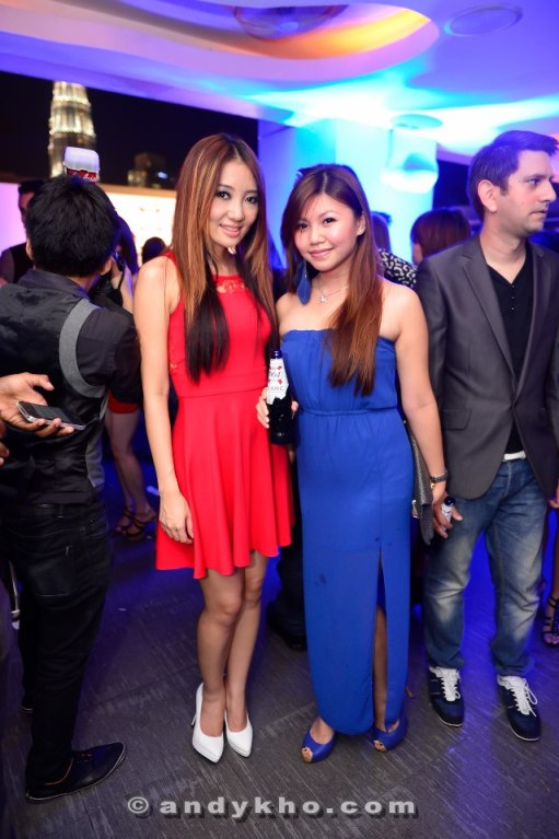 Pearl with singer and actress Chelsia Ng