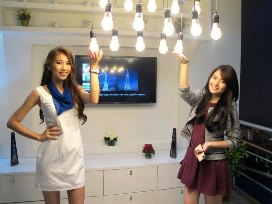 Beautiful girls light up my life...and LED bulbs too!