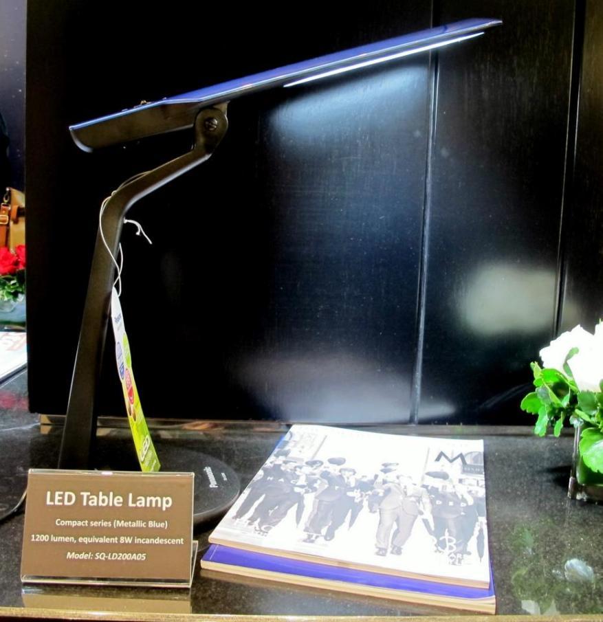 LED Table Lamp SQ LD200 A
