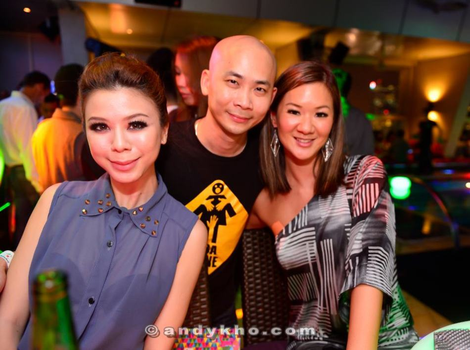 Andy Kho with MHB's Michelle Ooi and her friend