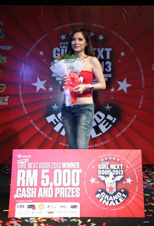 And the winner is...Victor Yong who won herself RM5,000 in cash and prizes worth RM6,000. She will also appear in a cover photo spread and interview in an upcoming issue of FHM.