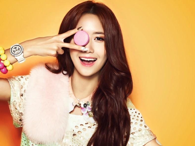 SNSD Yoona Casio Baby G Wallpaper