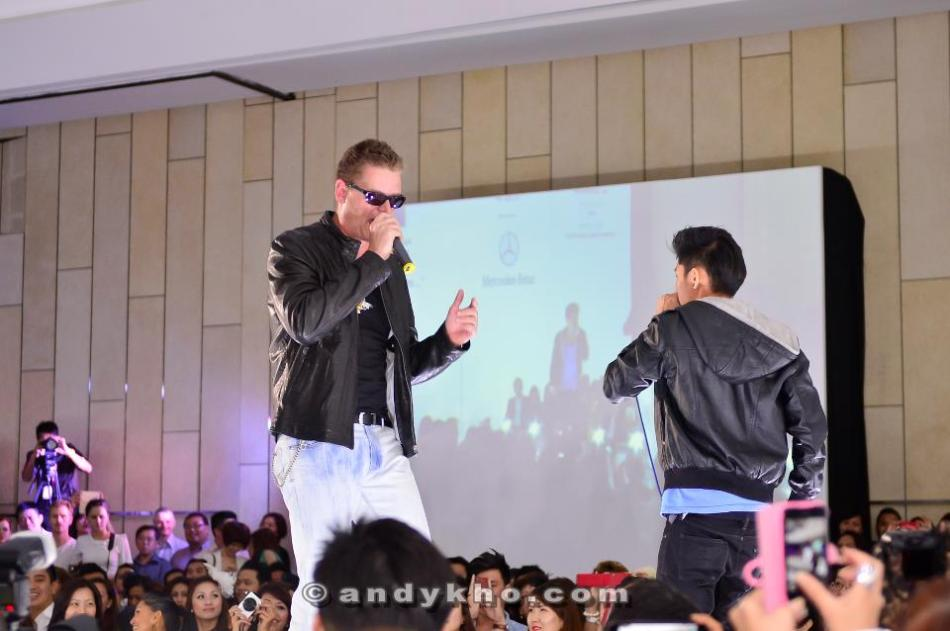 Carlsberg MD Soren Ravn rapping on the runway with Malaysian beatboxer Shawn Lee