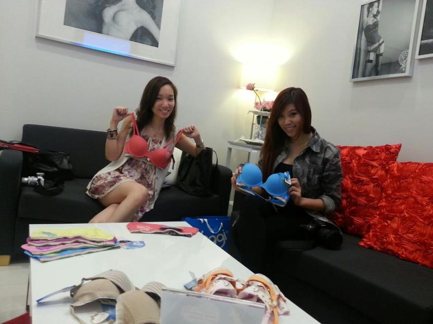 MHB's Naomi and Casey