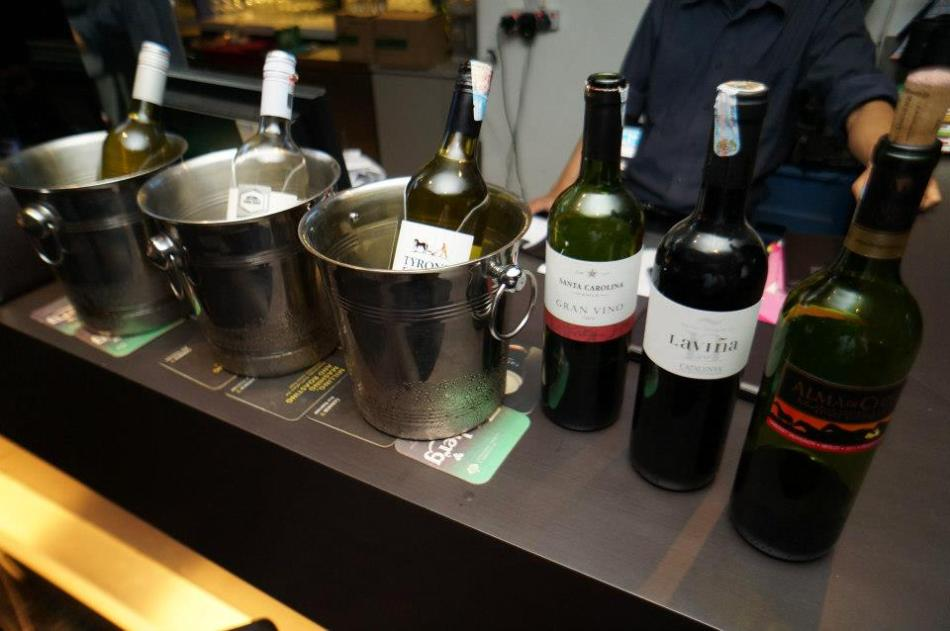 Tuesdays are wine buffet nights and you get to enjoy 6 different types of wines for just RM55++
