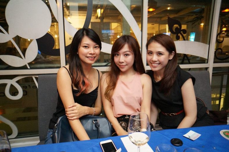 The early birds - MHB's Adrienne, Chenelle and Vivian Gan