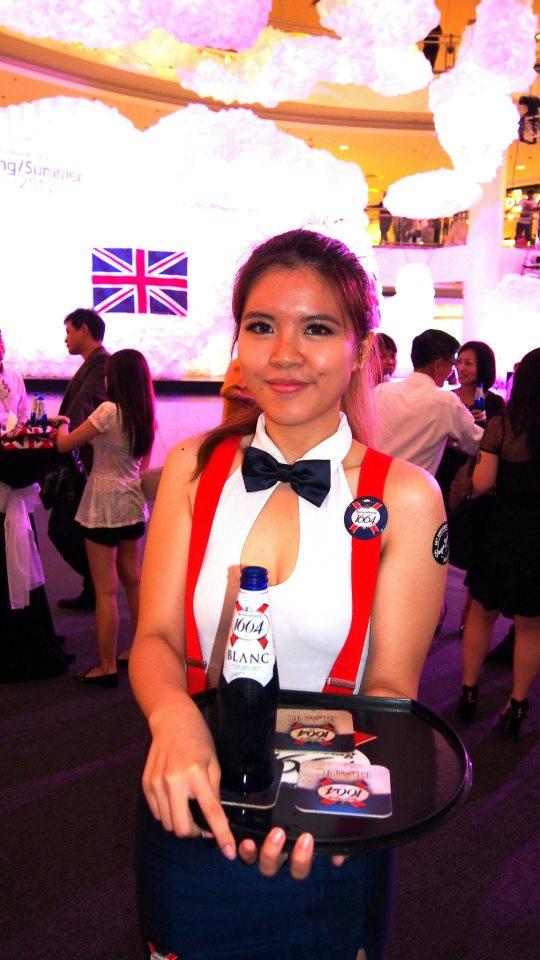 The official beer for the Mid Valley Fashion Week 2013 is Kronenbourg 1664.