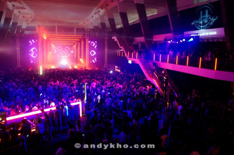 This was the scene at Hennessy Artistry at KWC last year!