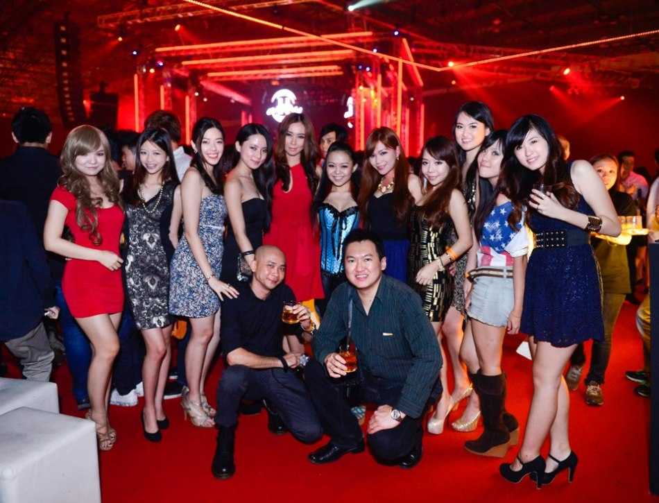 Expect a good looking and fun crowd at Hennessy Artistry parties!