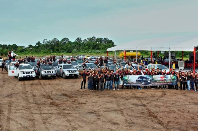 Group picture before the flag-off to officiate the start of the road warrior challenge
