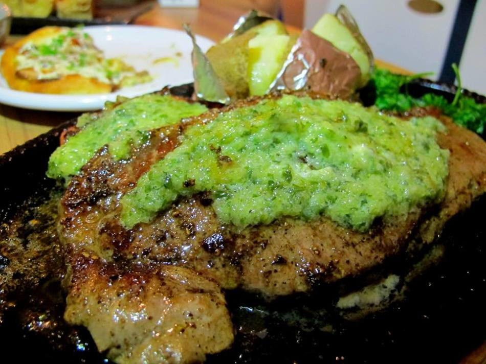 Sizzling steak - ok we made a critical error of not tucking into this one when it was served and letting it sit on the hot plate. As a result the meat became well done so unless you're a fan of well done steaks I suggest you remove the steak from the sizzling hot plate immediately when it's served or ask the kitchen to ensure it's cooked rare. Although it was well done we still finished it as it went really well with the garlic sauce. This came with a baked potato on the side.