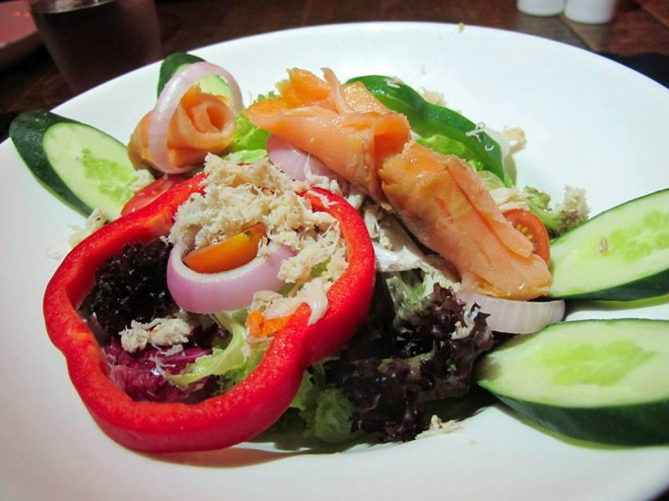 Smoked Salmon & Crabmeat Salad - RM24.00 -