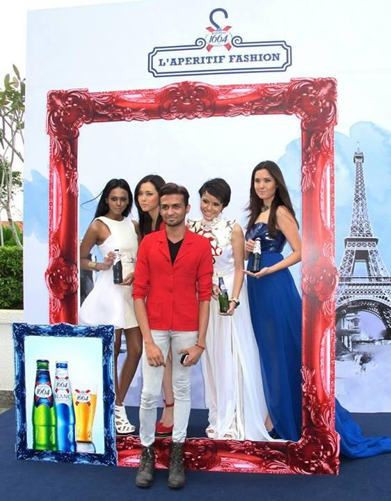 Hariharan with his models