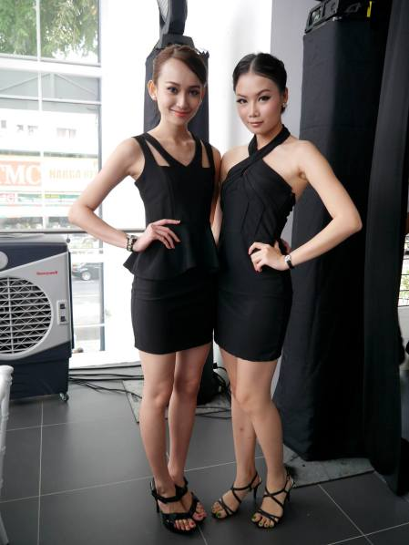 The A250 Sport's security guards - pretty Ancy Look and Carolyn Qiqi!