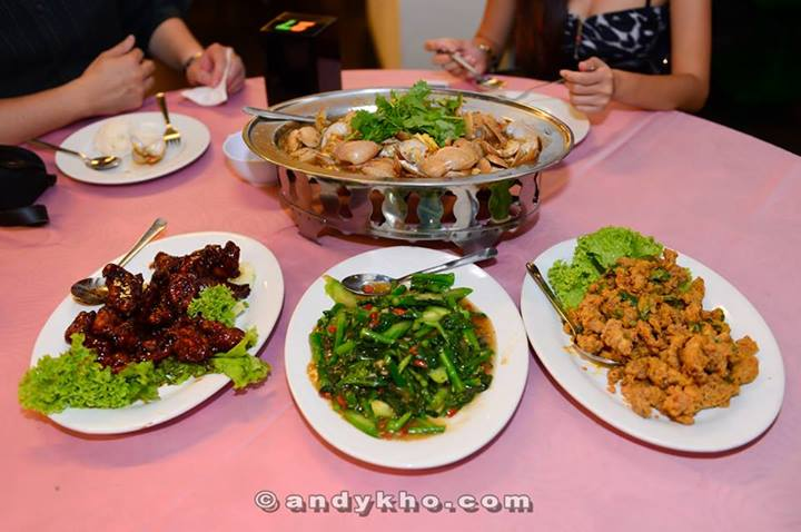 A delicious dinner at the restaurant right opposite Soju Room in Penang Times Square. Always make sure you eat before you drink so you can enjoy the party!