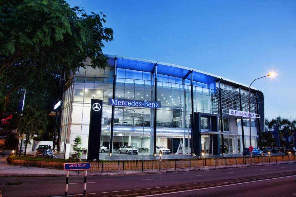 The opening of this latest 13,000 sq. ft. Autohaus will allow customers of the world's most famous luxury brand, Mercedes-Benz to be treated with the ultimate Mercedes-Benz retail experience from the moment they step into the showroom