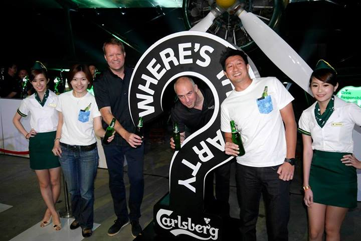 The Managing Directors and Marketing Directors of Carlsberg Malaysia and Singapore pose for a photo after Henrik delivered a short welcome speech giving some insight into this edition of WTP and also to announce that Carlsberg would be flying 10 very lucky people to the global Where's the Party? in Europe with headliner Axwell from Swedish House Mafia.