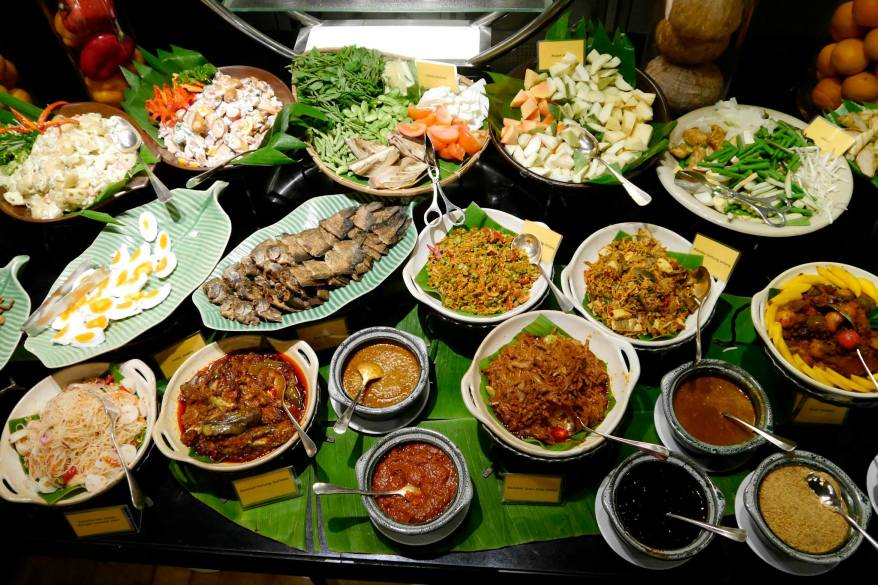 Later that week we headed over to the Grand Millennium Hotel in KL for their Ramadan Buffet review and here's a shot of the salad bar