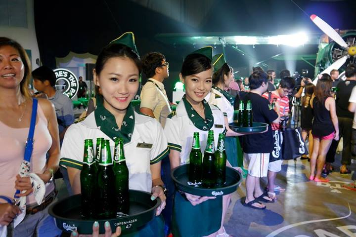 Arriving at the press conference in the main party zone, the first order of business was to get myself a nice ice-cold Carlsberg! After a hot and tiring morning working and babysitting my girls I think I well and truly deserve a few!