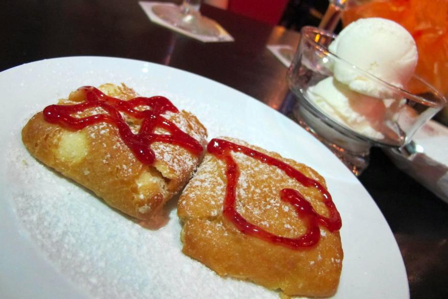 Apple Strudel – RM8.90++ (ask your server to ensure the ice cream is COLD and on the side and you'll get it like in this photos - trust me on this one). A nice sweet end to the meal!