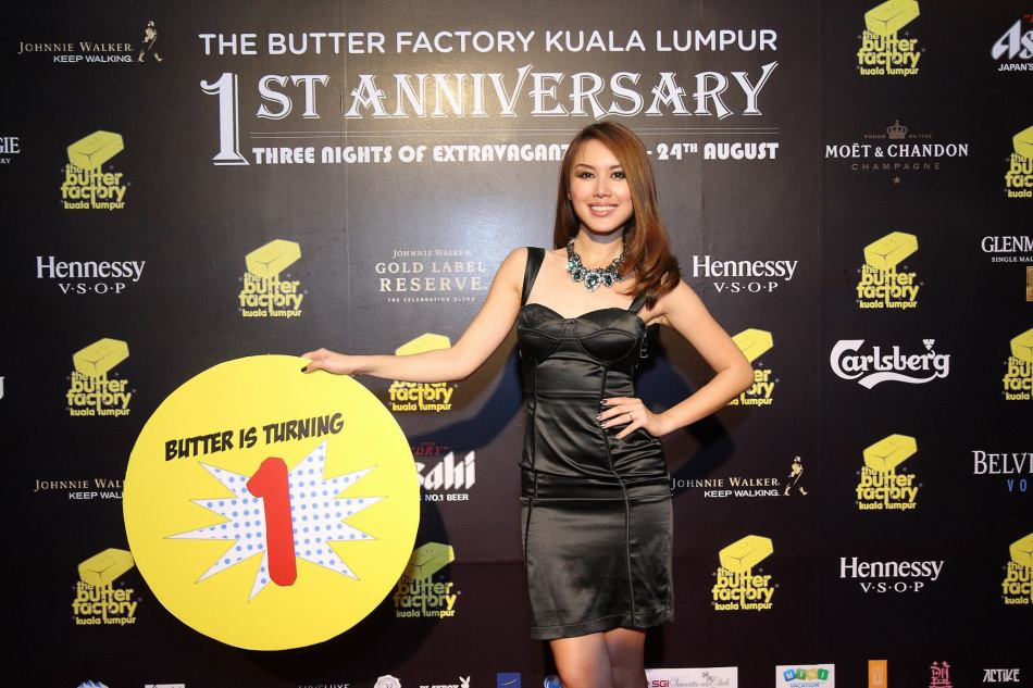And also the sexy MC and host Julie Woon
