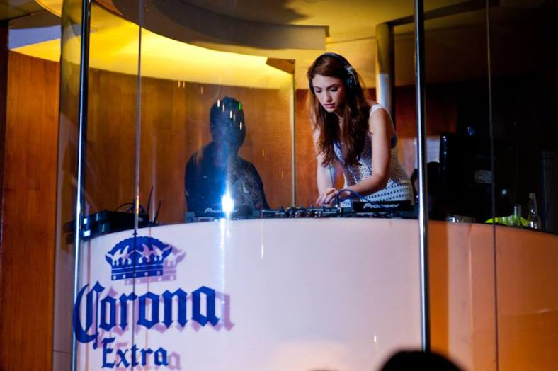 Gorgeous model and DJ Patricia K on the decks