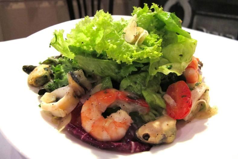 Crustacea Salad