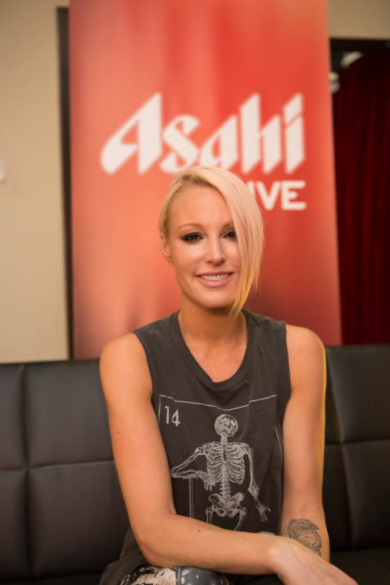 Emma Hewitt turned out to be much prettier than I imagined!