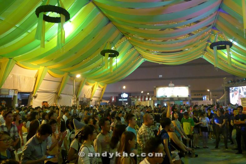 The giant marque was packed! Who says Malaysians don't know how to appreciate a good party?