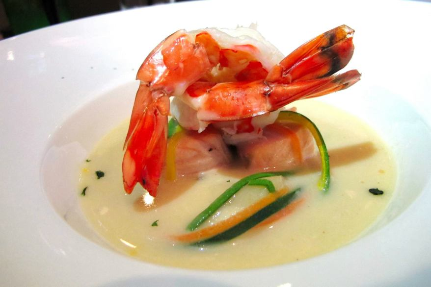 Bergen Traditional Fish Soup - A savoury light cream seafood soup with scallops, prawns, salmon and vegetable julienne - RM25