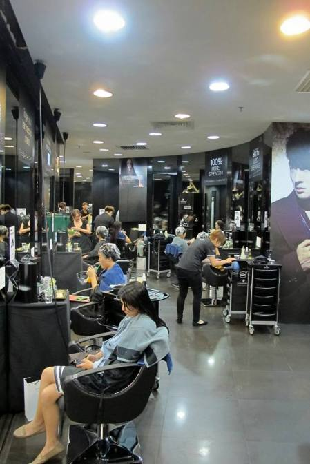 "Monsoon Group's chain of salons are patrons like Michelle Chia, Quan Yi Feng, Mark Lee, Vivian Lai, Pornsak and Guo Liang among many other popular local names, earning itself a reputation as ""the celebrities' hub"" when it comes to Total Image (hair, makeup and fashion)."