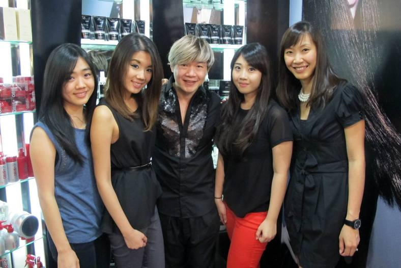 The girls with Mr Addy Lee, the chairman of Monsoon Group Holdings