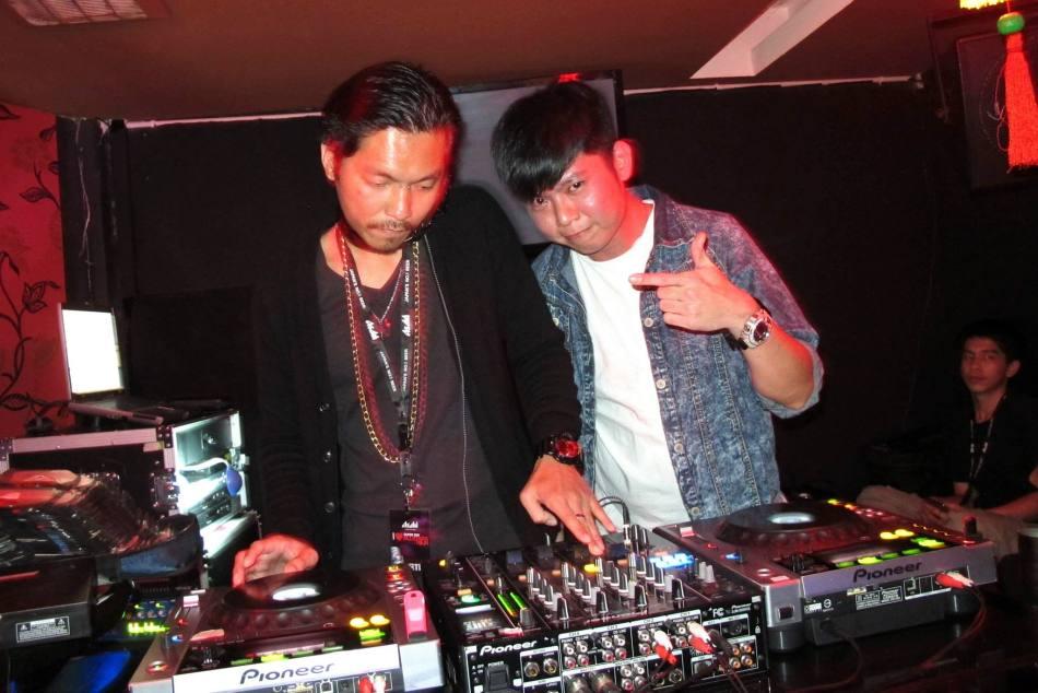 DJs Monkey & Funkzu on the decks