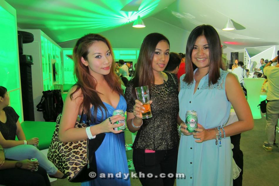 MHB's Sarah, Kay and Mynn from Red FM (L-R)