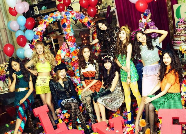 131129-snsd-love-and-peace-cover2