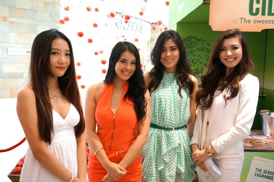 A bevy of beauties - Chelsia Ng, Charlene, Chloe Chen and Carey Ng (L-R)