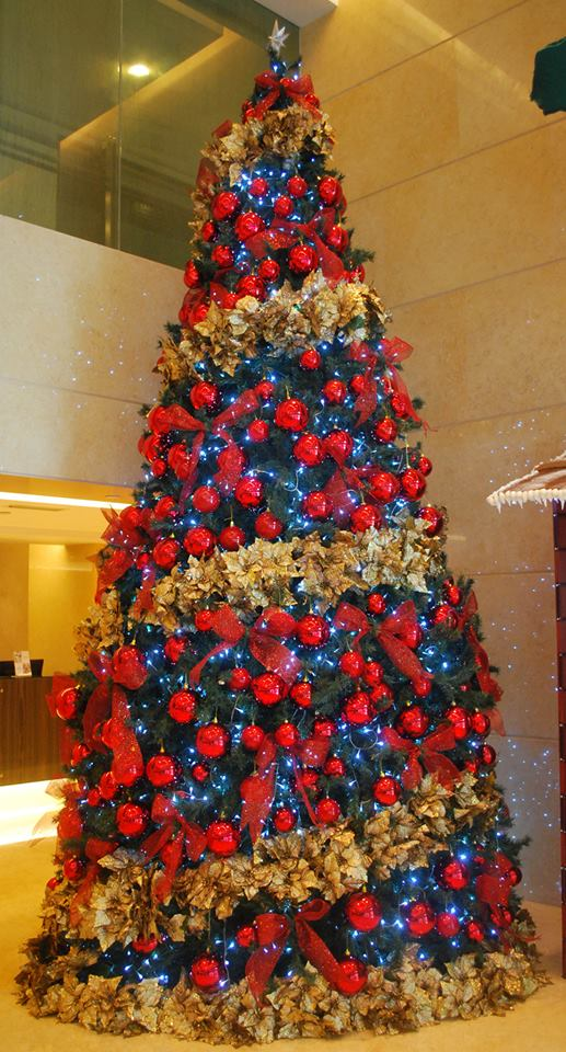 The colourful Christmas tree in the lobby of Impiana Hotel KLCC