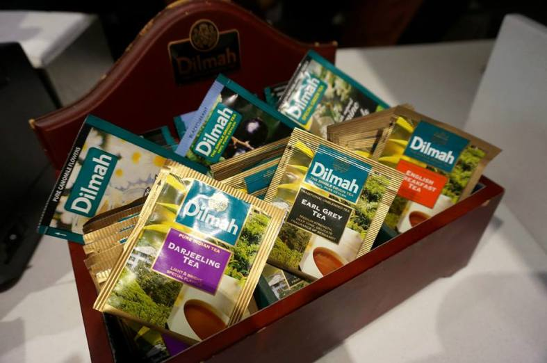 If you're a non-coffee drinker like Naomi fret not as McCafé also offers Dilmah Specialty teas such as Camomile, Earl Grey, Blackcurrant, Darjeeling, English Breakfast and Jasmine