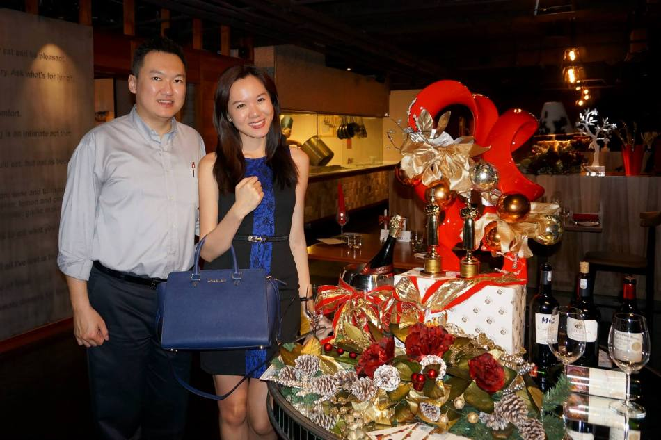 Yee Ying and I headed over to Grill 582 to try out their special Christmas eve set menu
