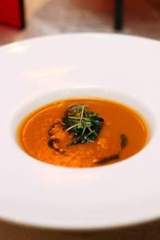 Roma Tomato Soup with Pesto