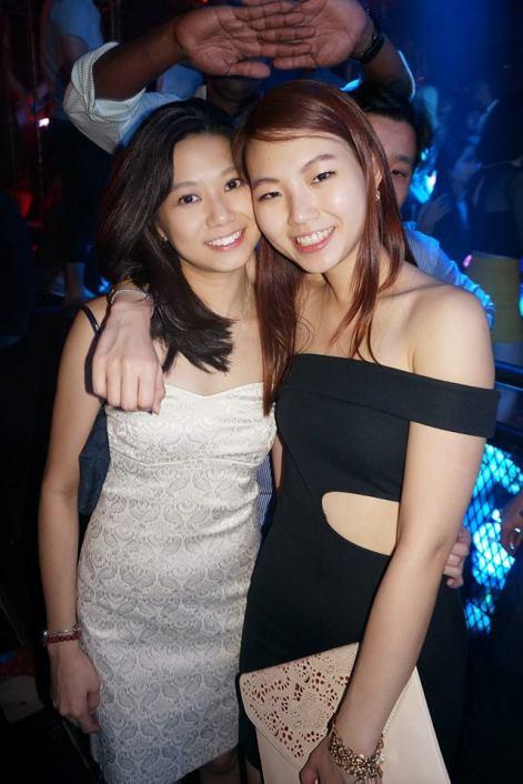 Pretty babes - Lin Lin (R) with her friend Li Lee (L)