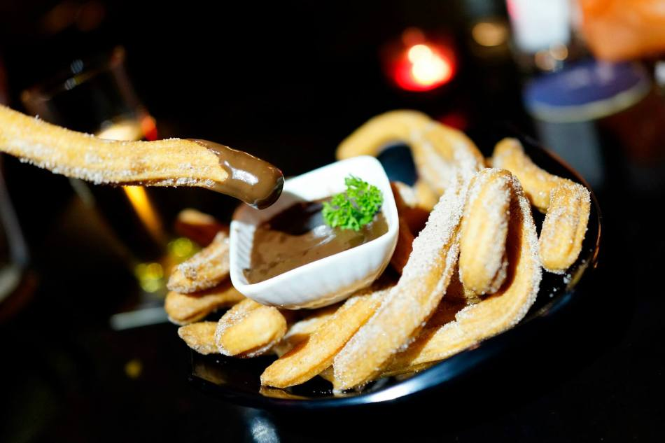 Churros - RM16.00 nett - my partner in crime absolutely loved this and she remarked that she will return if only for this and a bottle of Strongbow. Crispy churros which you can dip into a warm and rich chocolate sauce. If you have girls with you, make sure you order this dish. You can thank me later.
