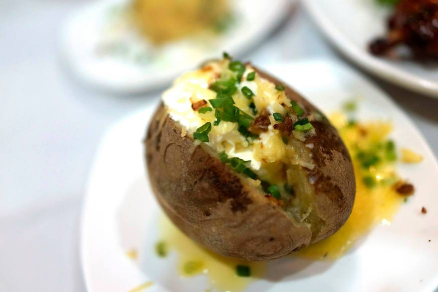 Macho Potatoes (baked potato)