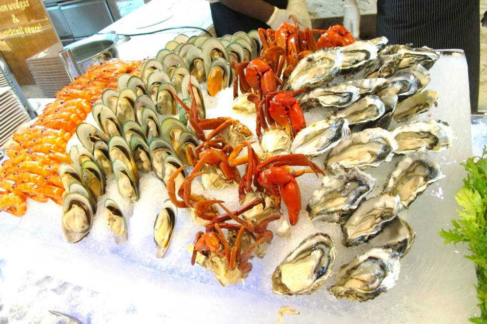 Fresh Seafood - especially the oysters!