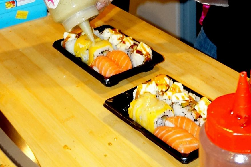 Special sauces topping the sushi. Don't worry, it's not the super creamy and fattening mayonnaise.